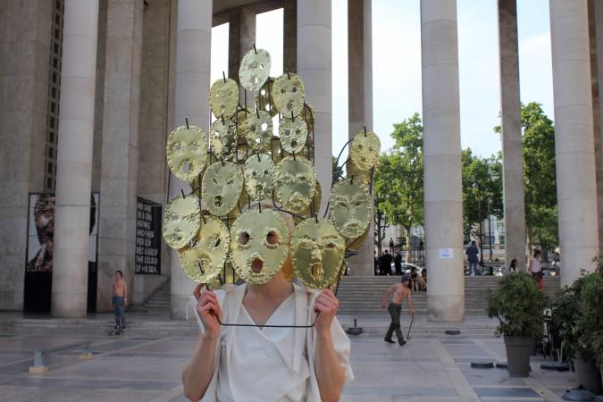 2017_Sophie_Dupont_Hanging_Heads_Paris_Photo_ShaIMG_8037