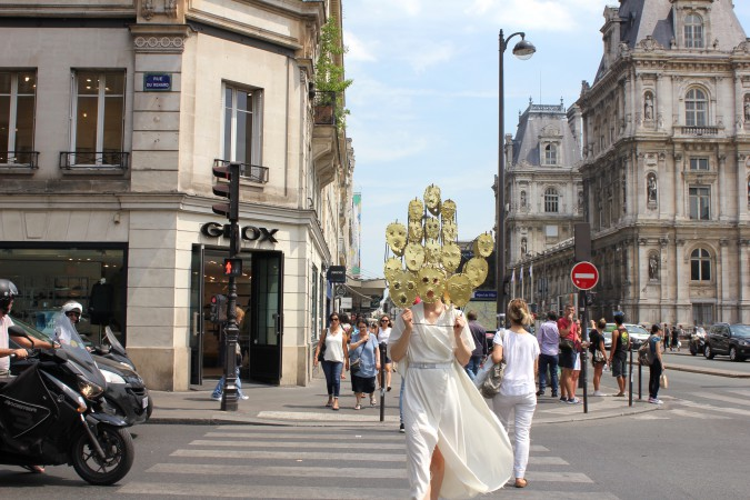 2017_Sophie_Dupont_Hanging_Heads_Paris_photoby_Sha_Li_.