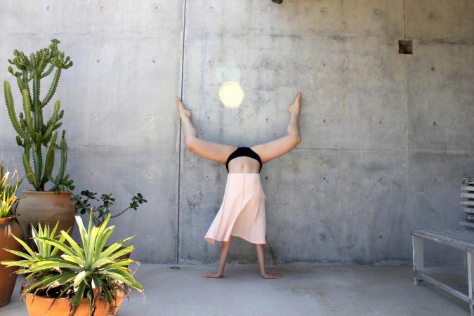 5. Handstand Casa Wabi. 2018.