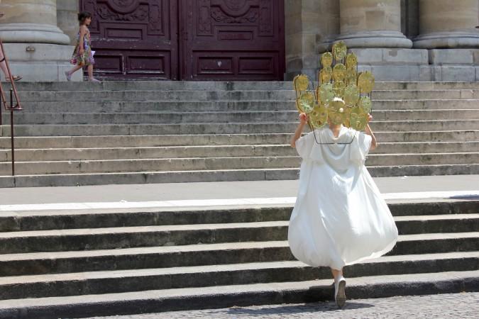 17_Sophie_Dupont_Hanging_Heads_Paris_Photo_Sha_Li_IMG_7574