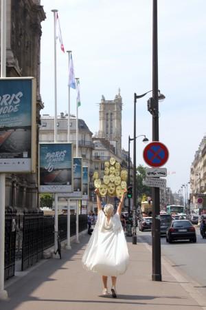17_Sophie_Dupont_Hanging_Heads_Paris_Photo_Sha_Li_IMG_7596