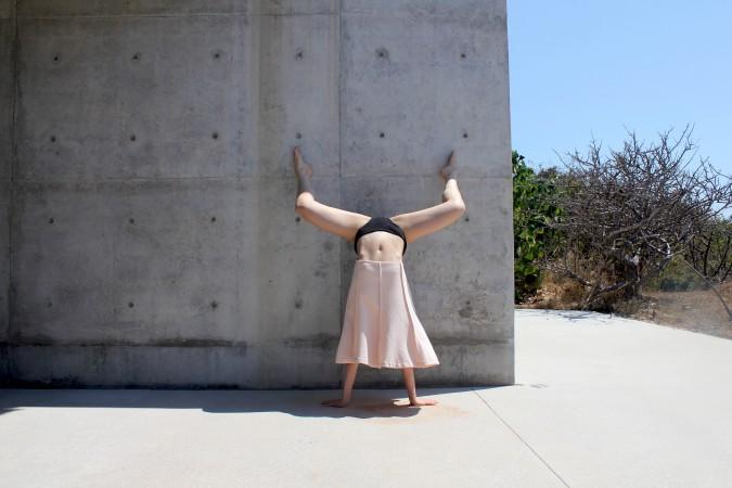3. Handstand Casa Wabi. 2018.