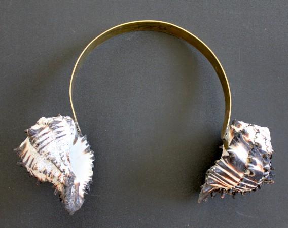 Conches. Puerto Escondido. Oaxaca. 20 x 24 cm. Brass