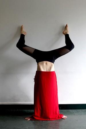 Handstand. Hommage Nuria Fuster. 2017. Paris
